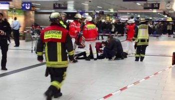 Man with axe attacks passengers at a train station in Germany