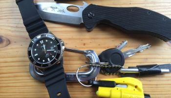 Everyday Carry: The Minimalist's Pocket Kit