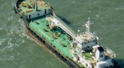 Somali pirates on hijacked ship exchange gunfire with naval forces