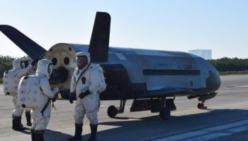 Sonic boom wakes up Florida residents as Air Force X-37B lands