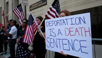 Judge in Michigan blocks deportation of 100 Iraqis
