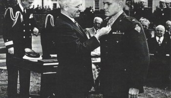 Arthur Jackson, Medal of Honor recipient for WWII 'one-man assault' at Peleliu, dies at 92