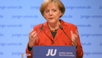 Germany's Merkel Bows Out of Military Intervention in Syria