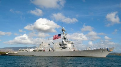 Exclusive: U.S. warship sails near islands Beijing claims in South China Sea – U.S. officials
