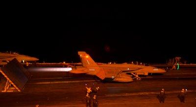 F/A-18F Super Hornet Strike Fighter Squadron VFA-211 night cat shot!