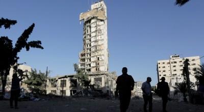Two Palestinian militants killed in Gaza strike