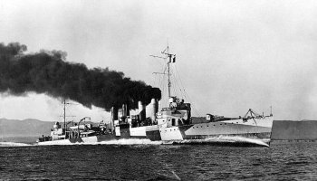 On this day: The USS Ward fired the first US shots of WWII at Pearl Harbor