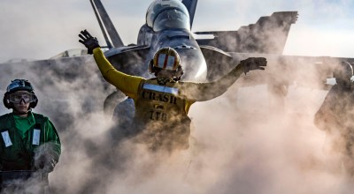 Picture of the Day: Flight Ops Aboard the USS Carl Vinson