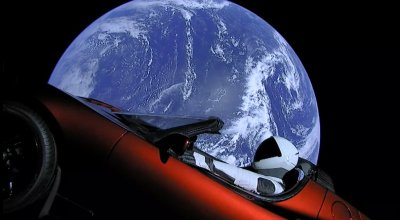 Picture of the Day: Tesla Car and Starman Orbit Earth Heading to Mars (Live Feed)