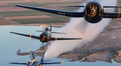 Picture of the Day: US Navy Blue Angels Heritage Flight: F6F Hellcat, F8F Bearcat & F/A-18 Hornet