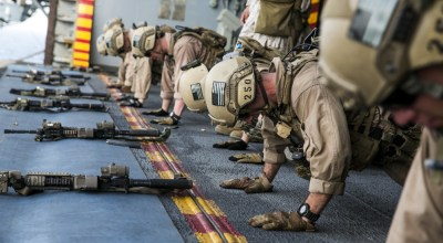 Loadout Room photo of the day: U.S. Marines fatigue bodies, fire weapons