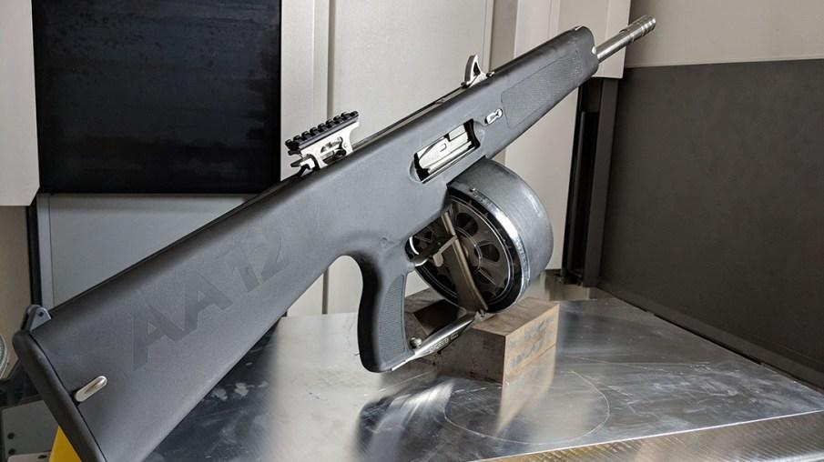AA-12 Semi-automatic shotgun with 20 round drum