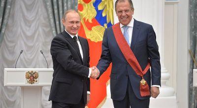 Vladimir Putin and Sergey Lavrov at award ceremony. Moscow, Kremlin. 21 May 2015. | Kremlin.ru [CC BY 4.0], via Wikimedia Commons