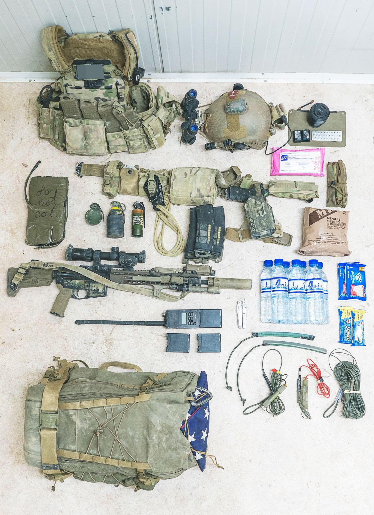 Special Operations Member Gear Layout For A 24 Hour