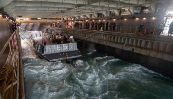 The Pic of the Day: A look inside the well deck of an amphibious landing ship