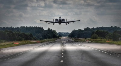 Watch: Just another thing A-10s can do — land on highways