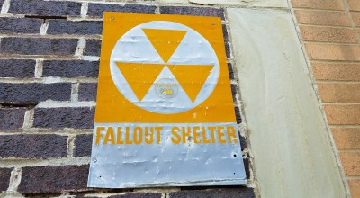 (Fallout shelter sign/photo: Pixabay)