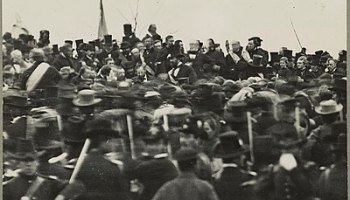 On this day in 1863: Abraham Lincoln delivers the Gettysburg Address