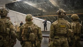 Department of Homeland Security to replace military uniforms for Feds