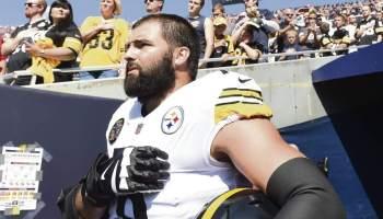 Steelers Villanueva Breaks From Team, Honors Army Hero on His Helmet