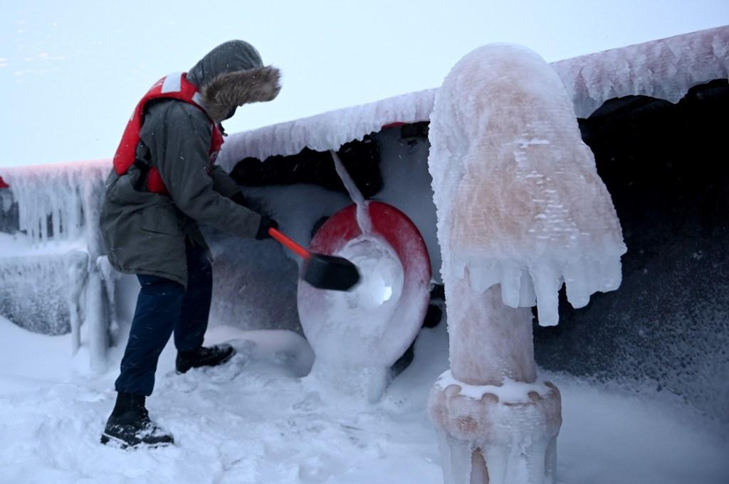 Coast Guard Cutter Polar Star Arctic West Winter 2021
