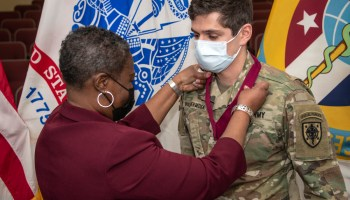 """Special Forces """"Green Beret"""" Makes Medical History"""