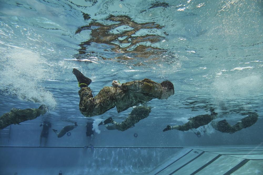 Special Tactics Training Squadron students swim