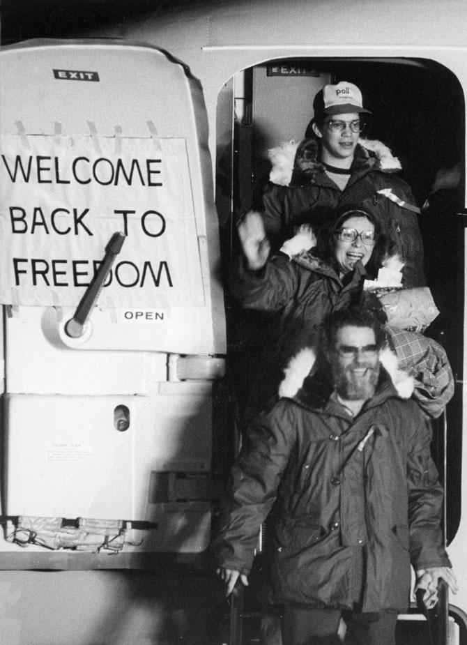 US hostages return home Iranian crisis