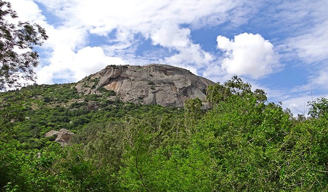Every traveler must know about these hill stations in Karnataka