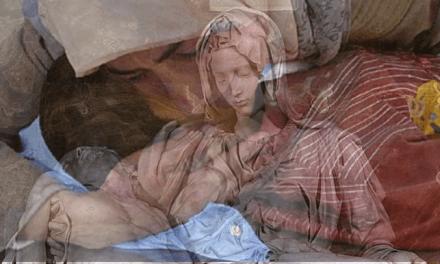 Sábado Santo: Acompañando el dolor de la Madre…
