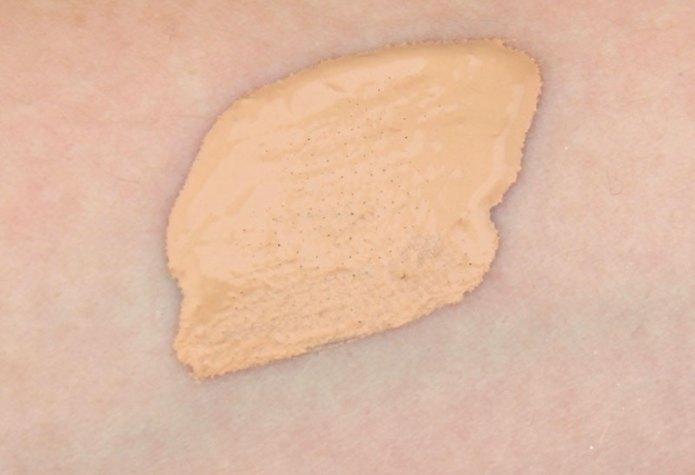 cliomakeup-recensione-skin-modernist-2-in-1-foundation-and-concealer-kiko-6