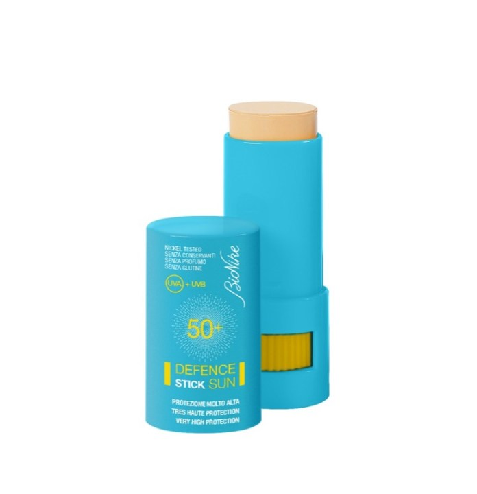 ClioMakeUp-prodotti-viso-cura-pelle-stick-mania-ossessione-moda-cliomakeup-trucco-skin-care-3