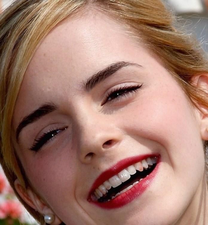 ClioMakeUp-cose-peggiori-makeup-incubi-trucco-rossetto-denti-starnuto-smalto-mascara-eyeliner-3