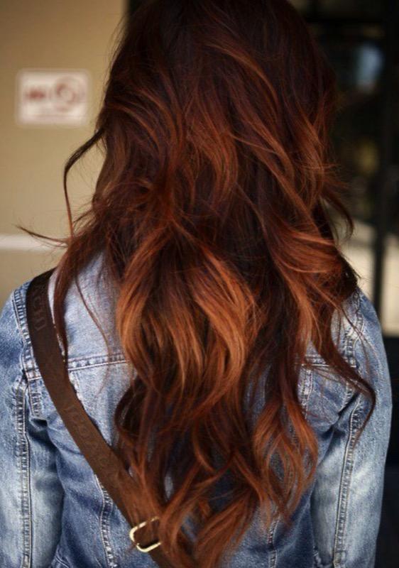 ClioMakeUp-ispirazioni-capelli-per-castane-more-bionde-riflessi-oro-caramello-gold-20