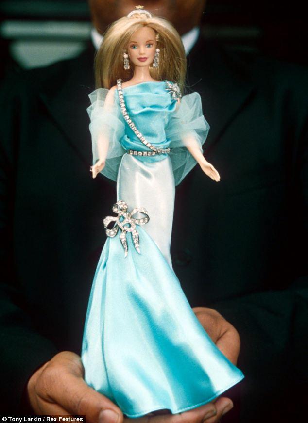 cliomakeup-regali-costosi-celebrity-11-barbie