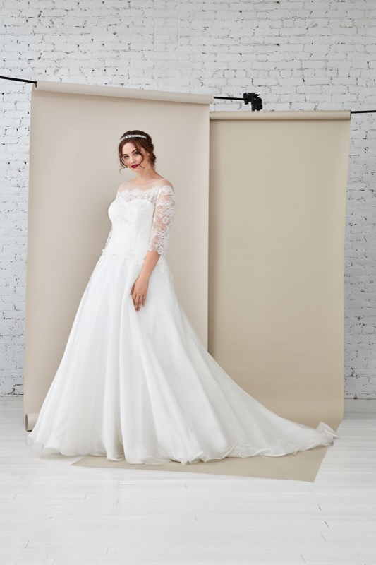 ClioMakeUp-happy-bride-atelier-eme-prodotti-make-up-sposa-matrimonio-make-up-trucco-occhi-labbra-rossetto-base-3