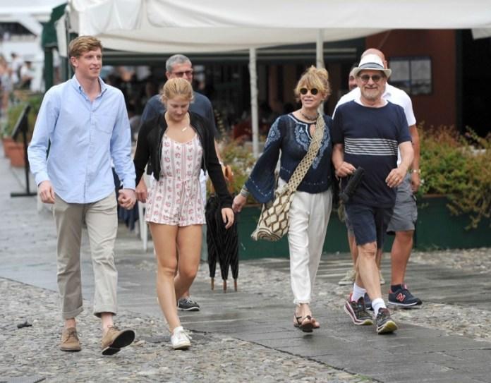 ClioMakeUp-vacanze-vip-italia-celebrity-estate-17