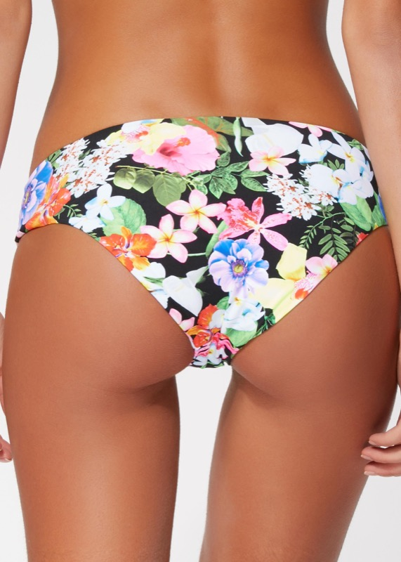 ClioMakeUp-forme-sedere-costumi-da-bagno-spiaggia-estate-8