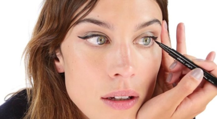 cliomakeup-storia-eyeliner-1