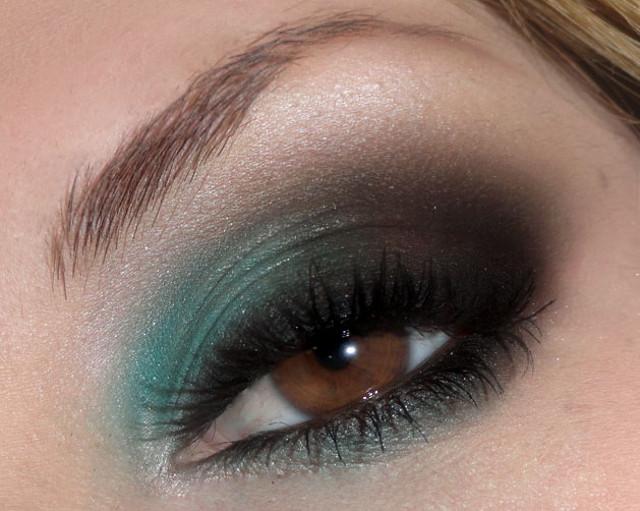cliomakeup-trucco-occhi-bionde-occhi-castani-migliori-palette-ombretti-11