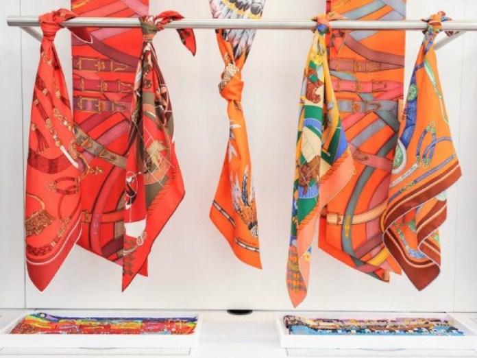 cliomakeup-outfit-foulard-4-hermes