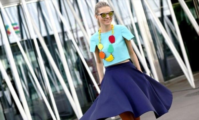 cliomakeup-abbinare-turchese-outfit-15-maglietta