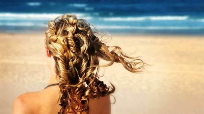 ClioMakeUp-spray-solari-capelli-1.jpg