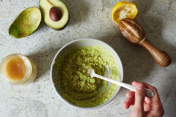 cliomakeup-avocado-pelle-capelli-10-limone-miele-10-limone-miele