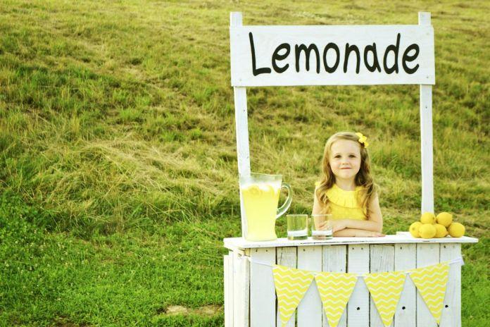 cliomakeup-limone-pelle-capelli-21-stand-limonata