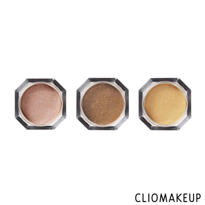 cliomakeup-recensione-illuminante-fenty-beauty-fairy-bomb-shimmer-powder-3