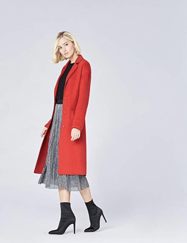 cliomakeup-copiare-look-meghan-markle-7-cappotto-rosso