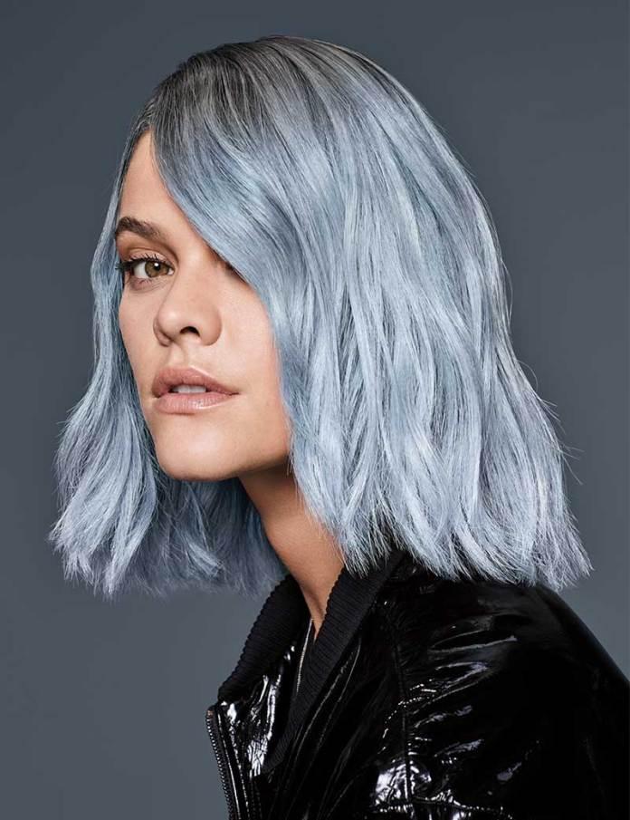 cliomakeup-tendenze-capelli-colorati-2019-6-azzurro-pastello