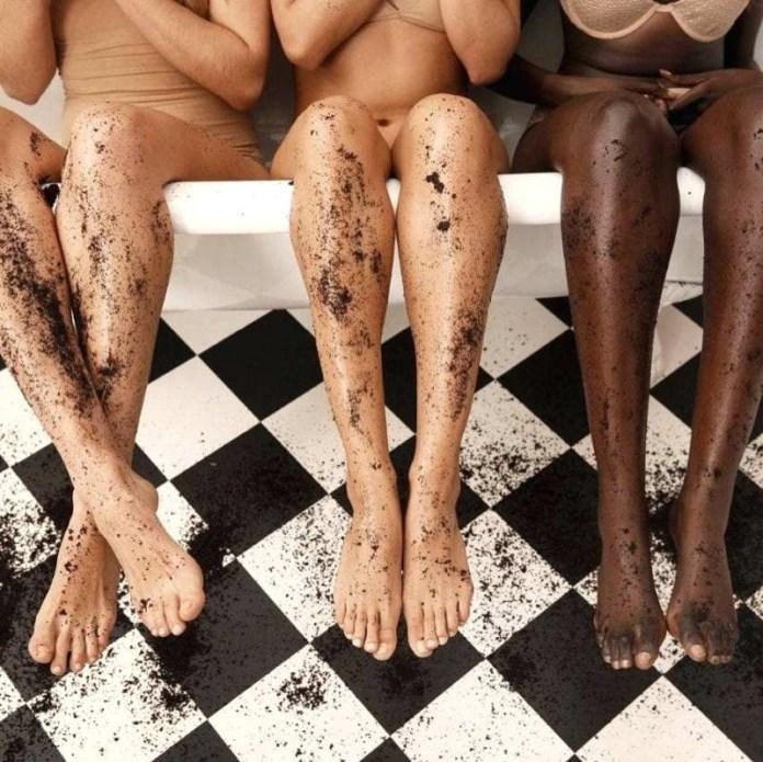 ClioMakeUp-scrub-esfolianti-10-gambe-donne-incarnati-diversi.jpg
