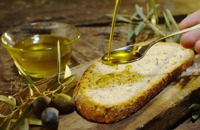 cliomakeup-colesterolo-alto-12-olio-extravergine
